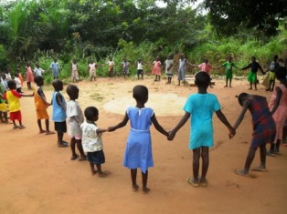 Ghana Akaa Project with children