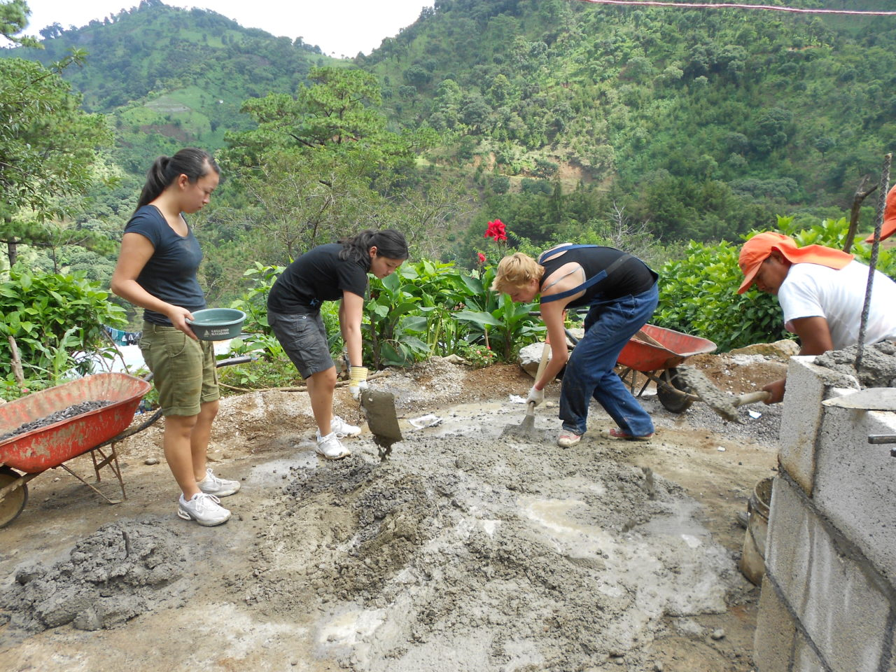 Guatemala House Construction Volunteering