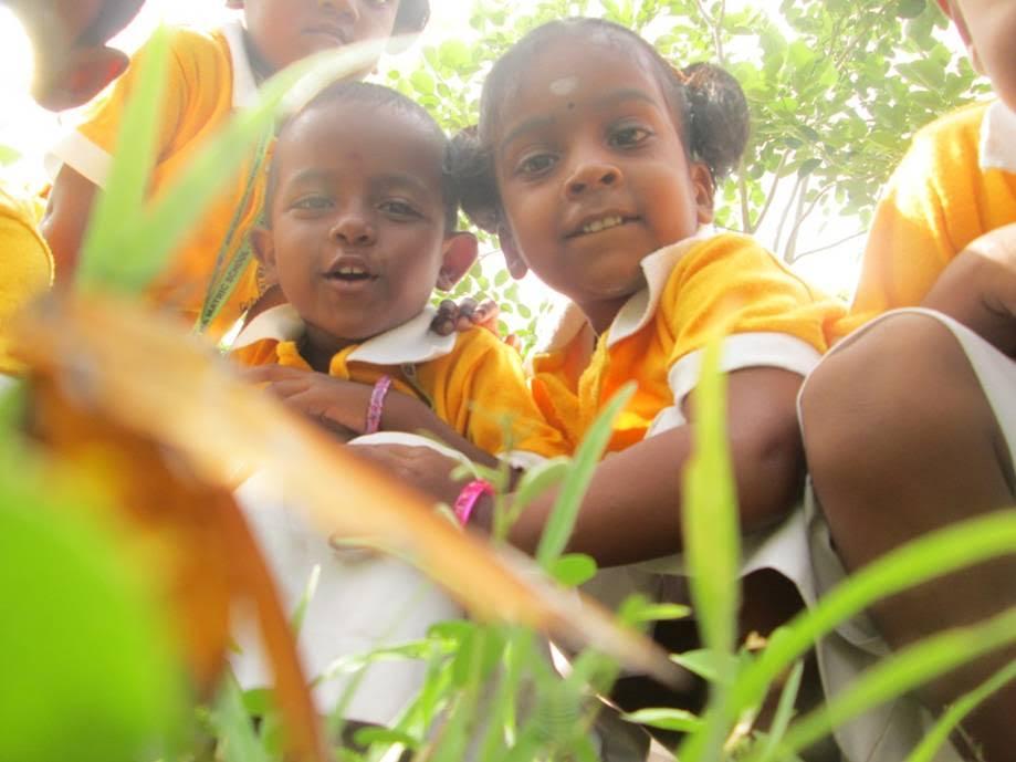 India Teaching Volunteer Smiles