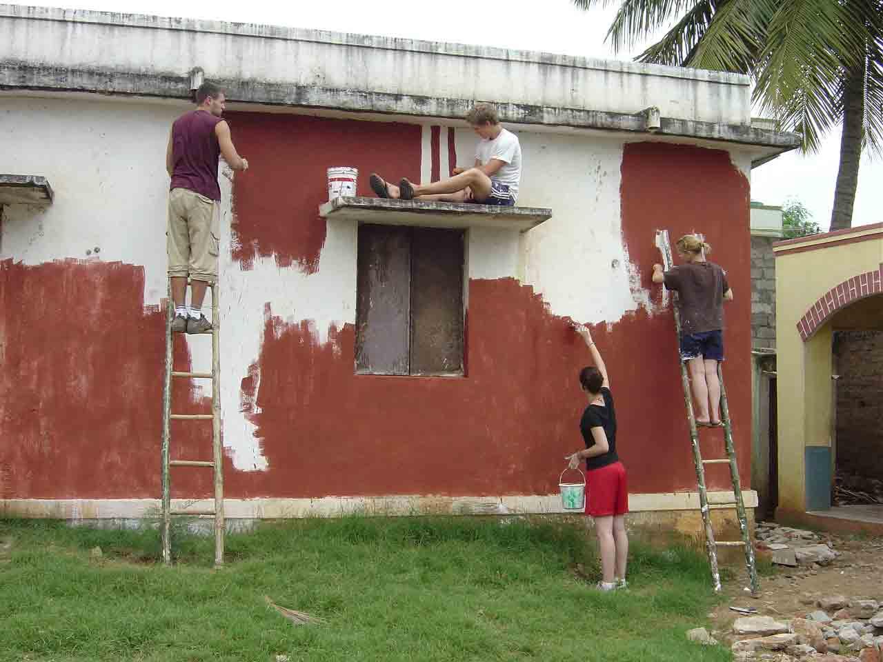 Kengeri School - Painting - Volunteering Bangalore India