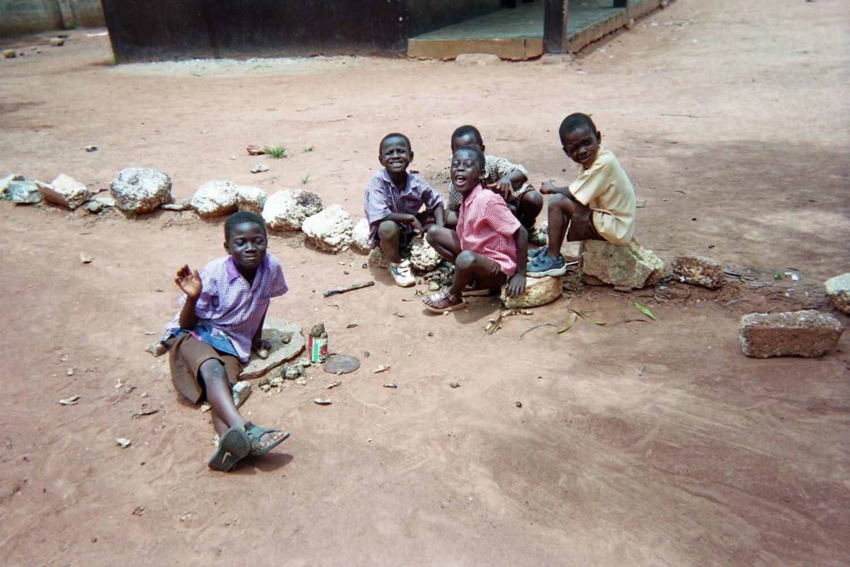 Lindsey Elliott Ghana Volunteer Students