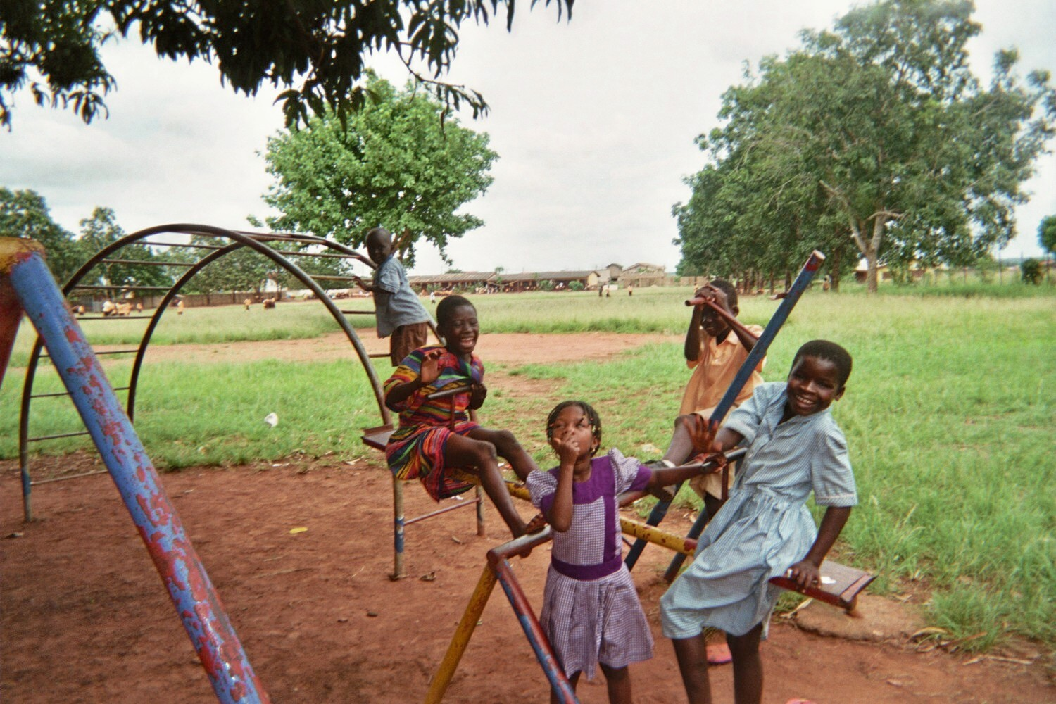 Lindsey Elliott Ghana Volunteer Playing