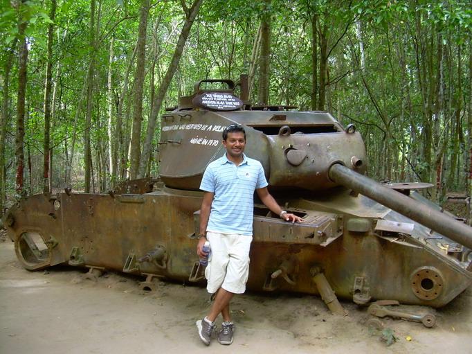 Vietnam Volunteers Norman Kirby Ankur Agrawal Tank